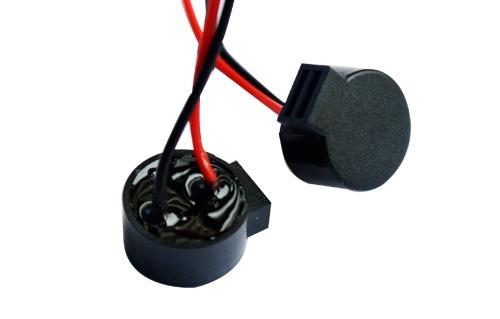 连线蜂鸣器